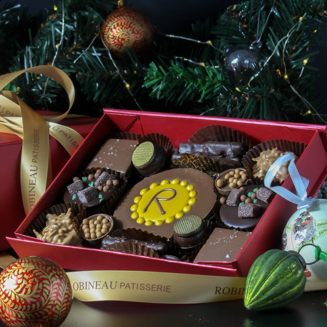 Robineau Signature Chocolate Treat Box