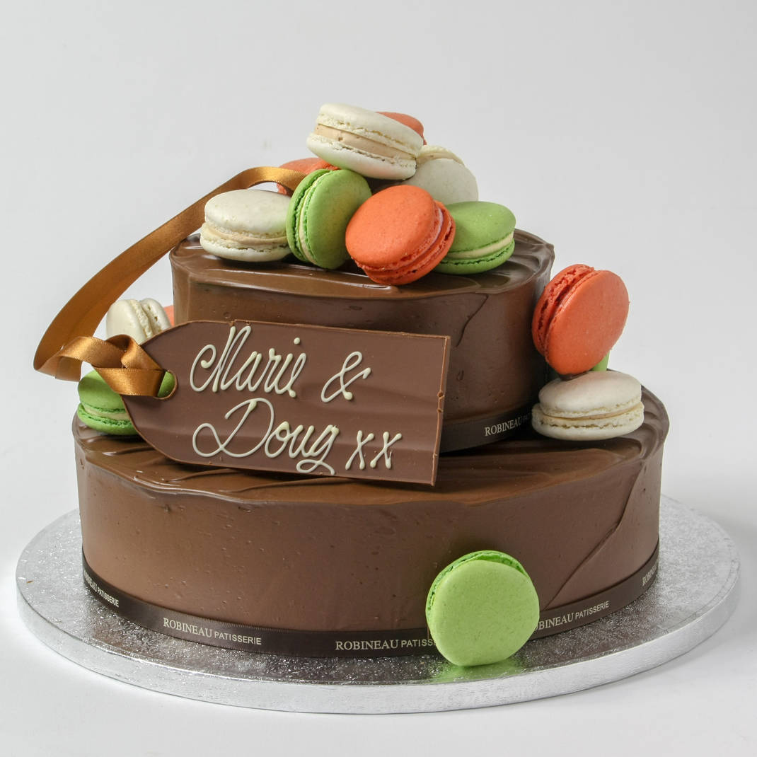 2 Tier Robineau Gateau with Macaroons
