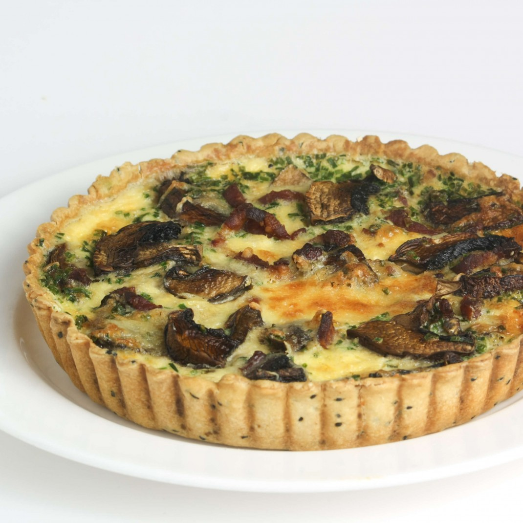 Small Quiche: Mushroom, Spinach and Pinenut